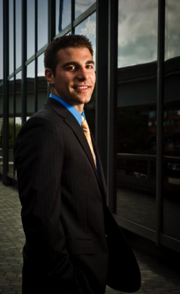 Alex Sifakis of JWB Wins '40 Under 40' Award Recognizing Top Young Leaders In Northeast Florida